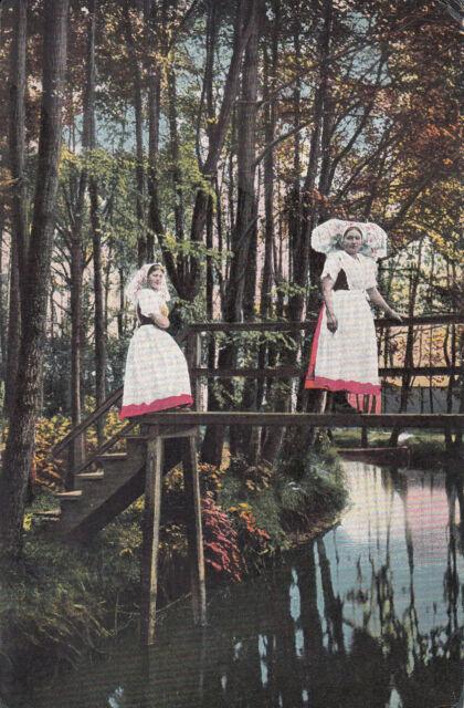 Alte Ansichtskarte Postkarte Spreewald Frauen inTracht auf Brücke nicht gelaufen