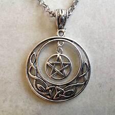 pendentif Lune entrelacs celtiques et Pentagramme symbole de la magie