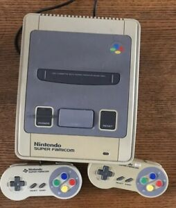 Nintendo-Super-FAMICOM-NTSC-J-Japanese-Console-With-Two-Controllers-japan-snes