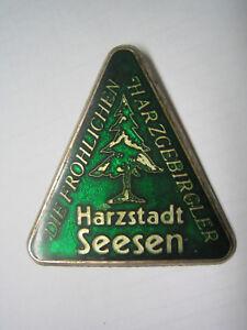 Harzklub, Seesen, Die fröhlichen Harzgebirgler, Metall-Abzeichen - Seesen, Deutschland - Harzklub, Seesen, Die fröhlichen Harzgebirgler, Metall-Abzeichen - Seesen, Deutschland