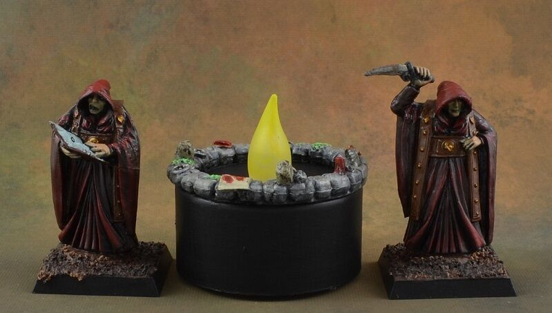 Painted Cultists with Summoning Circle from Reaper Miniatures Bones