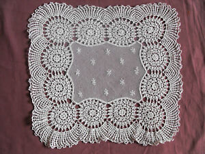 1169-Beautiful-Vintage-Hand-Made-Tablecloth-36cm-36cm-14-039-039-x14-039-039