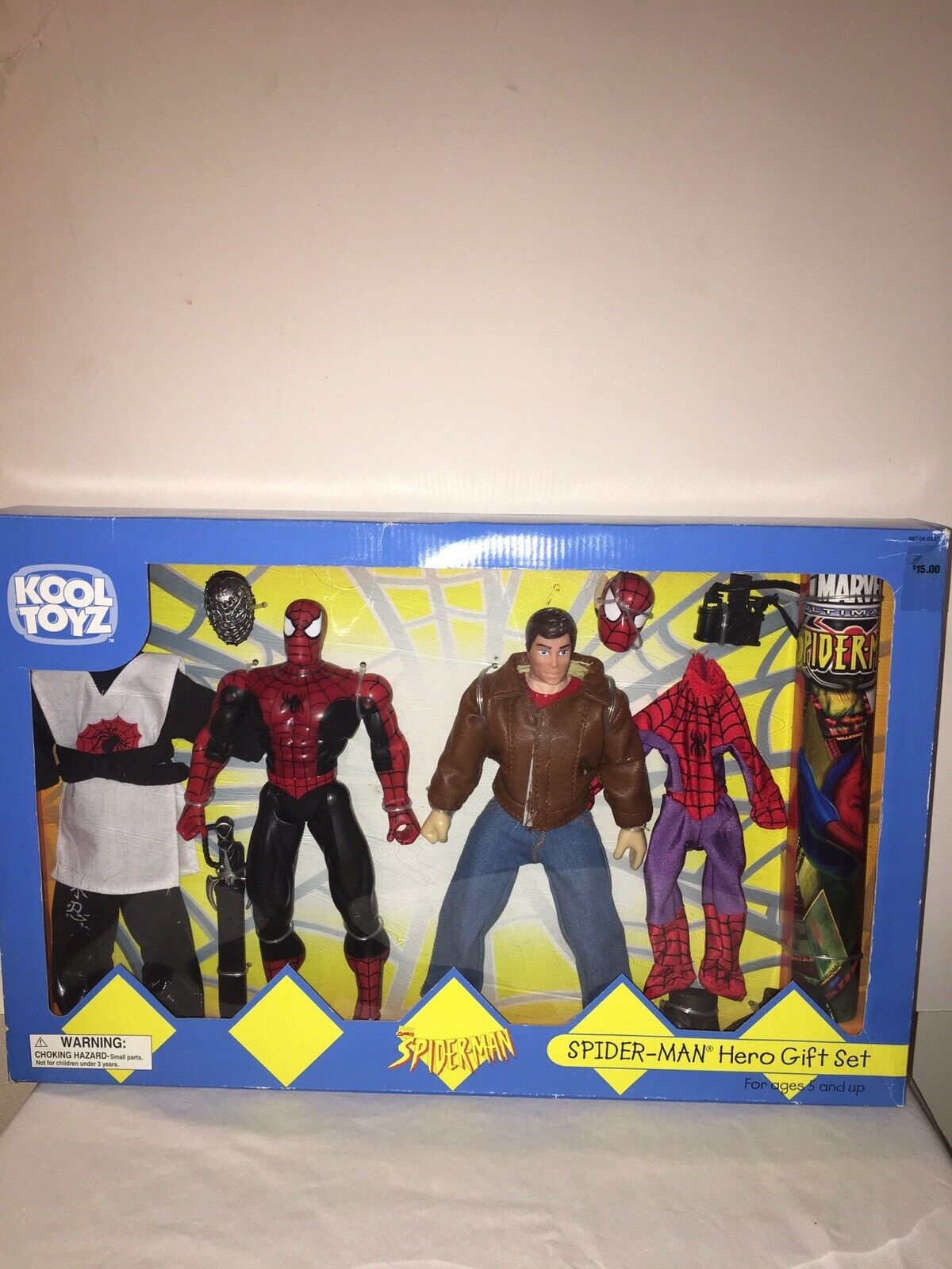 2001 Kool Toyz Target Exclusive Spider-man Hero Gift Set Ultimate Peter Parker