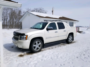 2011 Chevy Avalanche for sale
