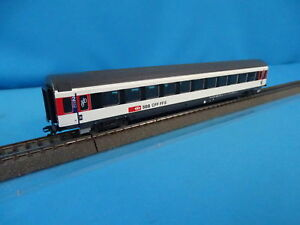 Marklin-42164-03-SBB-CFF-FFS-Express-Coach-Inter-City-Design-2-kl-092-5