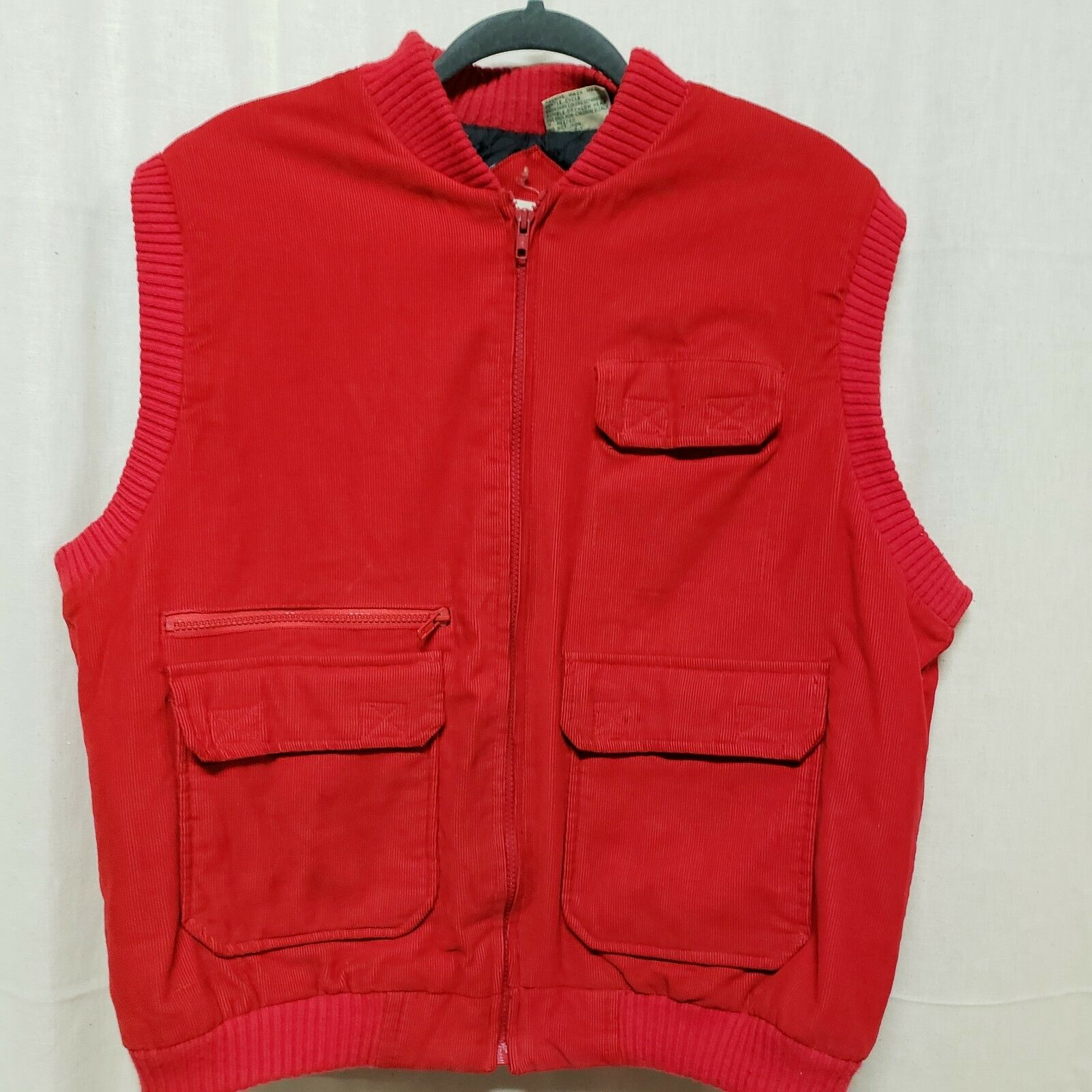 Vtg St John's Bay Mens Sz L Outdoors Vest Red Corduroy Full Zip Quilted Lining
