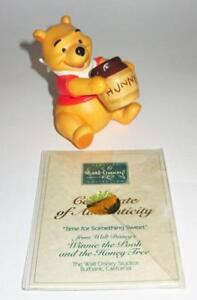 WDCC-Disney-Winnie-Pooh-Time-for-Something-Sweet-1996-Membership-Sculpture-MIB