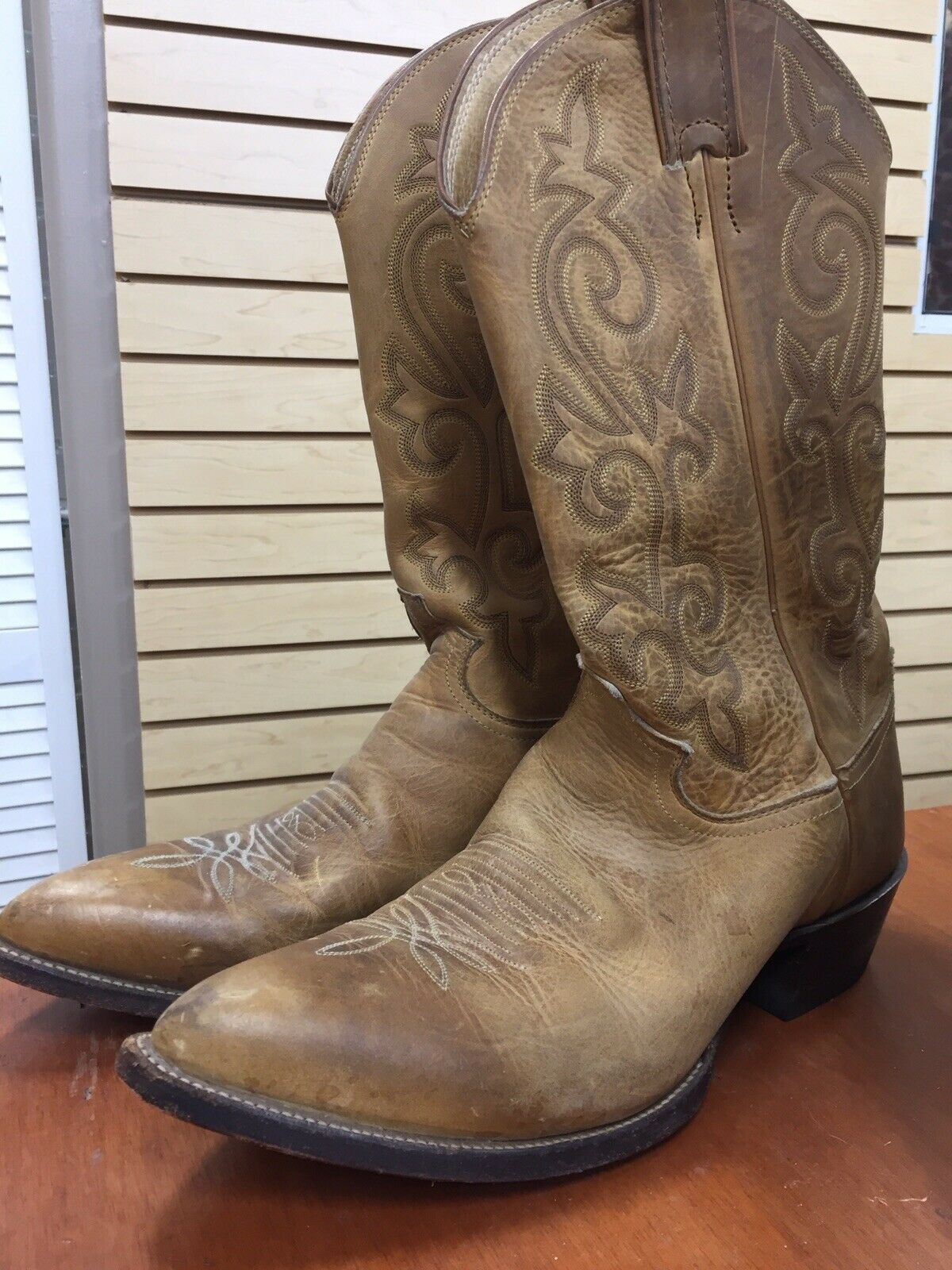 Justin Boots Mens Sz 10.5 Leather Brown Biker Western Cowboy Roper Durable Boots