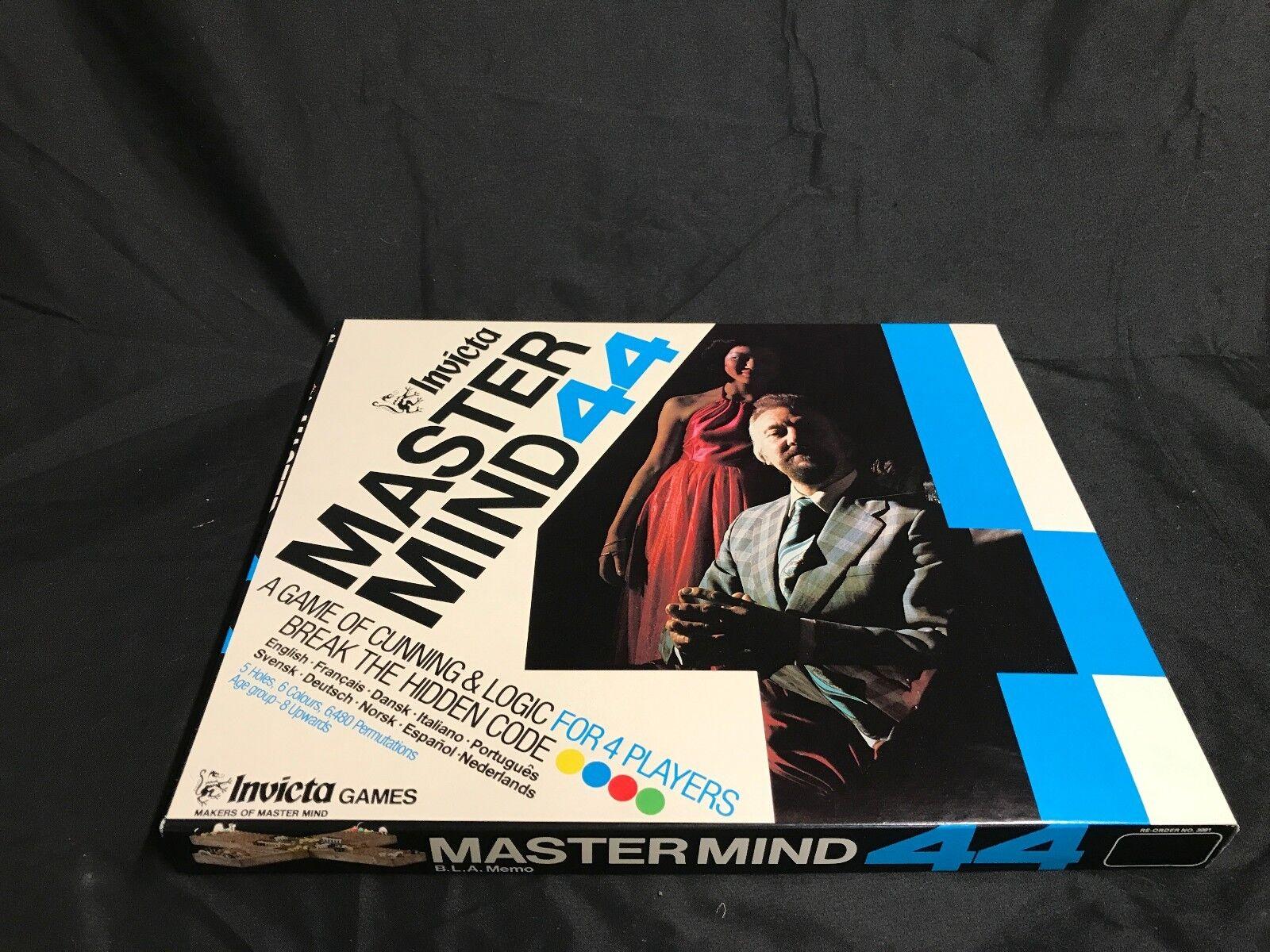 New in box - 1977 invicta - meister aus 44 brettspiel - england