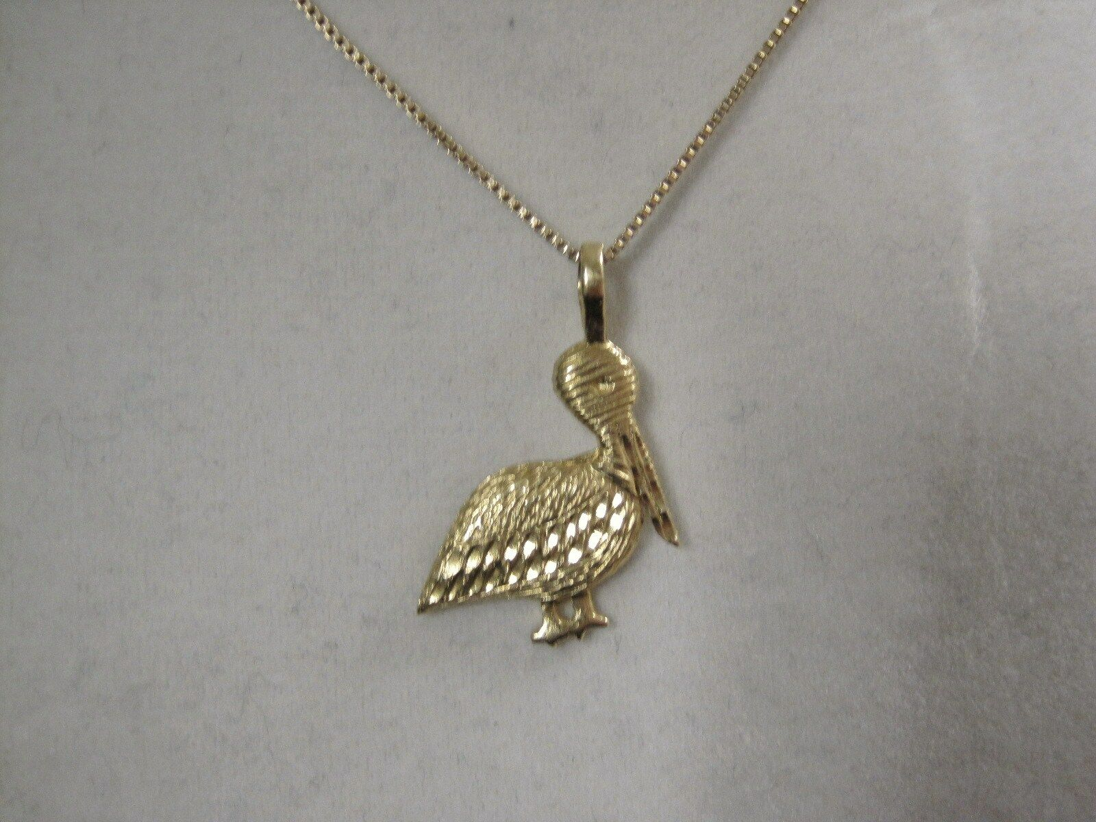 LQQK Very Nice & Detailed 14K Solid gold Pelican bird  Pendant Charm Must See