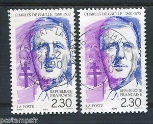 FRANCE-timbres-2634-et-2634a-variete-De-Gaulle-oblitere