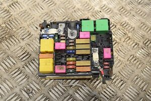 Details About Peugeot 208 Under Bonnet Fuse Box 9804846880 L1 7b