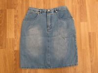 LADIES DENIM SKIRT LIGHT BLUE STONEWASH DENIM SIZE 10