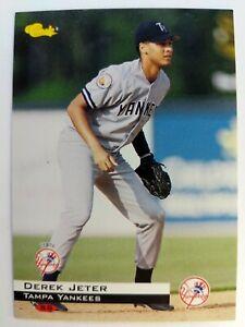 1994-94-CLASSIC-Derek-Jeter-Rookie-RC-60-NEW-YORK-YANKEES-HOF