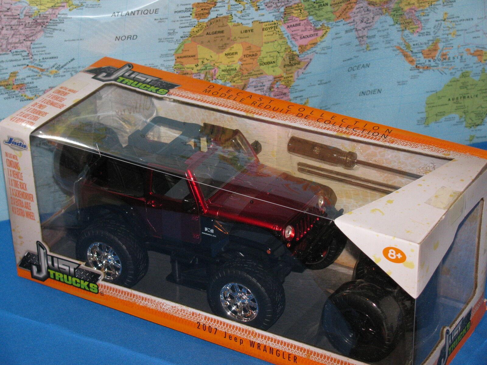 1 24 Jada Just Camion 2007 Jeep Wrangler 4 x extra Ruota Pressofuso Nuovo Vhtf