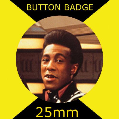 CULT TV RED DWARF DANNY JOHN-JULES 25mm BUTTON BADGE THE CAT
