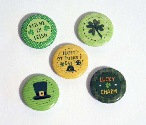 Pinback Button Set kiss me i/'m irish lucky charm NEW St 5 Patrick/'s Day