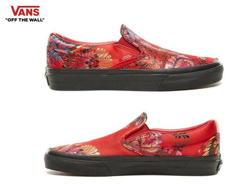 Vans Festival Satin Classic Slip-on rouge Street Style Fashion Baskets, chaussures