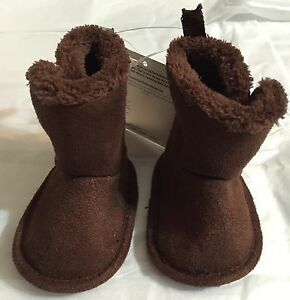 New Gerber 0-3 months Baby Boys Girls Winter Brown Boots Size 2 Shoes