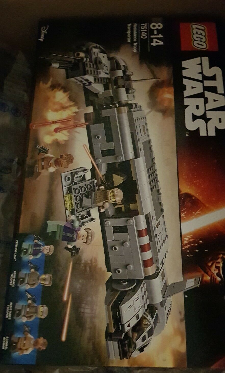 Brand New Sealed Sealed Sealed Genuine Lego Star Wars 75140 Resistance Troop Transporter 551252