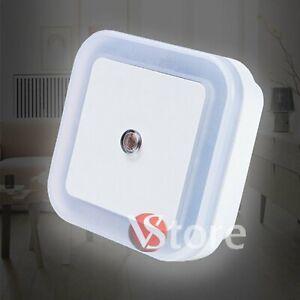 Lampada-Luce-Led-Notturna-Mini-Notte-Buio-Sicurezza-Bambini-Interruttore-Sensore