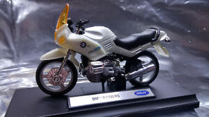 Welly-BMW-R1100-RS-B19660-PW-Scale-1-18-Die-cast-with-Plastic-parts