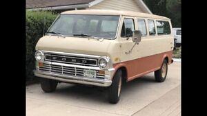 1973 Ford Club Wagon