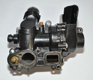 Kuehlmittelreglergehaeuse-Thermostatgehaeuse-06H121026BF-Octavia-Original-VW