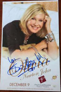 Olivia-Newton-John-JSA-Coa-Signed-Concert-Poster-Photo-Palace-Theater-Autograph