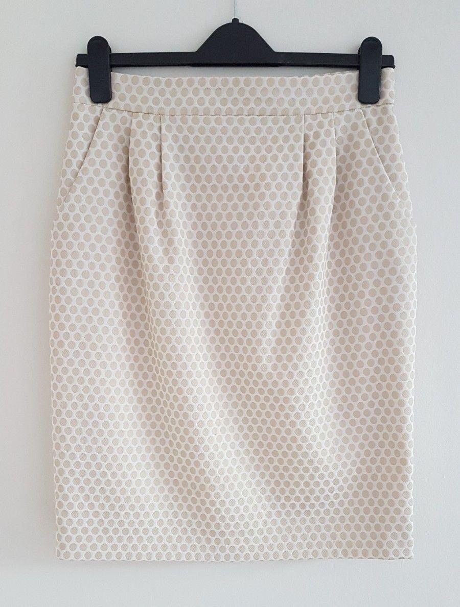 New Hallhuber Skirt, Beige spots fully lined.