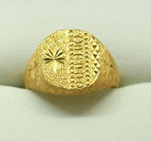Fabulous-Heavy-22-Carat-Gold-Gents-Carved-Signet-Ring-Size-Q