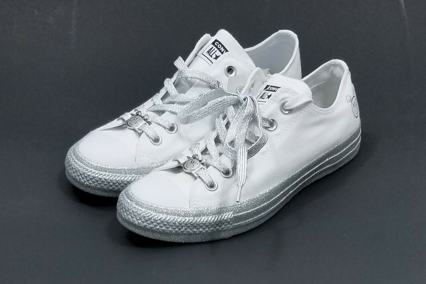 Converse Miley Cyrus CTAS OX Platform White Platinum Women Size 9 162238C