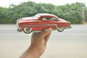Vintage-Friction-Red-Color-Litho-Car-Toy-Collectible