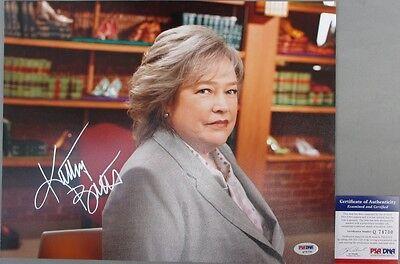 Kathy Bates Signed Harry's Law 11x14 Photo #2 Psa/dna Oscar Winner Fine Quality Good Show! Television Autographs-original