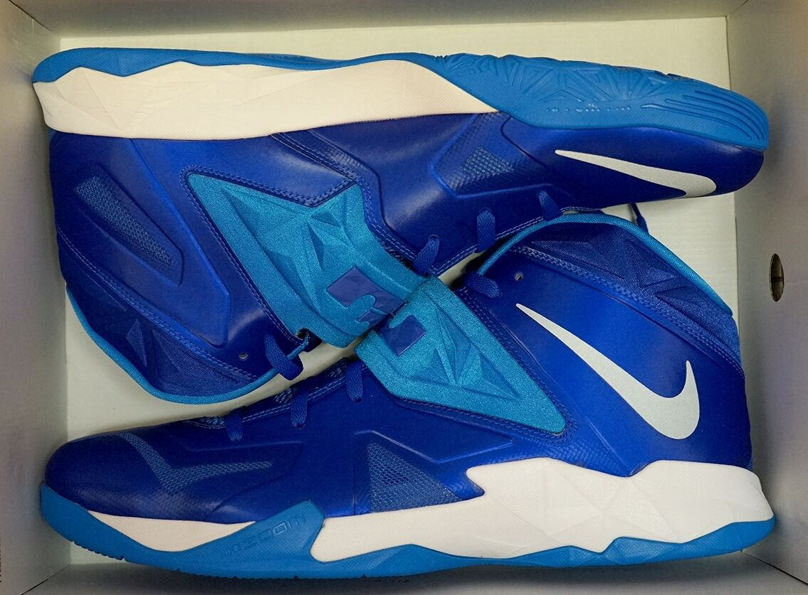 NIKE ZOOM SOLDIER VII TB SIZE 17-18 MEN'S BASKETBALL SHOES (599263 400)