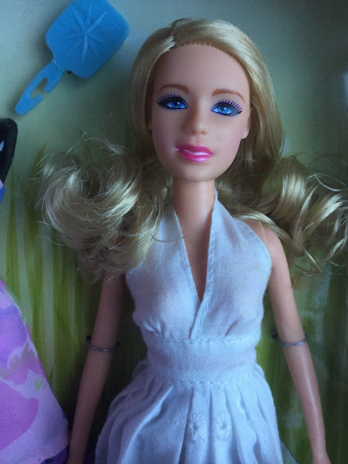2008 Taylor Swift  Solera Medley  12  Vestidos Moda Muñeca Jakks Pacific nunca quitado de la caja