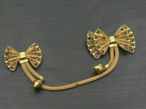 Vintage-Gold-Tone-Rhinestone-Double-Bow-Clip-Sweater-Guard-Brooch-Pin-b5