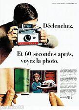 PUBLICITE ADVERTISING 126  1966  Polaroid  appareil photo Land camera 104 auto
