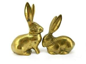 Vintage-Lot-of-2-Solid-Brass-Rabbit-Figurine-Paperweight-Knick-Knacks-MCM
