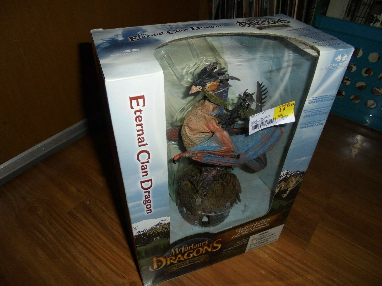 McFarlane's Dragons QFTLK Series 2  ETERNAL CLAN DRAGON  LEBS McFarlane 2005