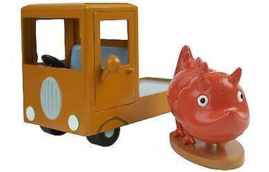 Peppa Pig 04137 Museum Truck Vehicle /& Figure Set
