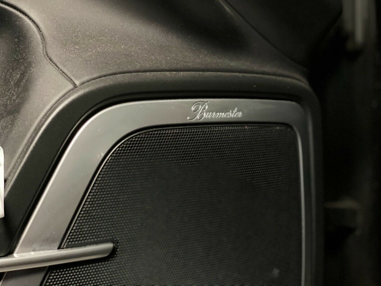 Porsche – Cayenne Turbo S