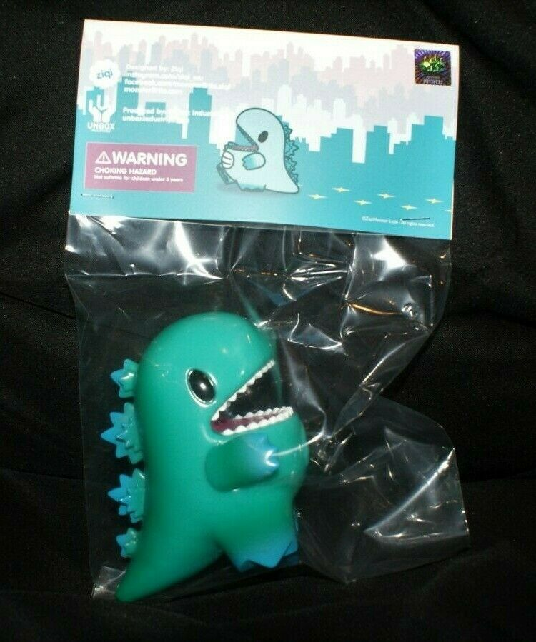 Unbox Industries Ziqi Wu Little Dino Dino Dino UK Toycon 2019 Edition Vinyl ca8af6