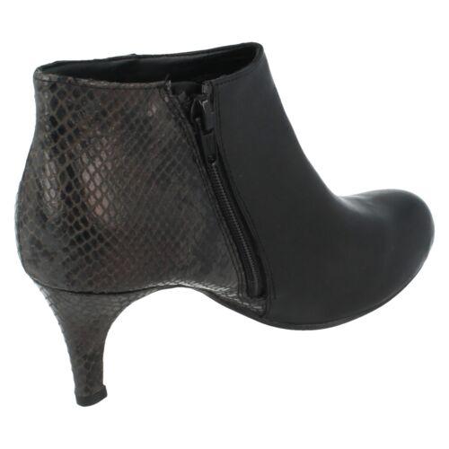 SALE Ladies Clarks Trouser Boot Arista Flirt4 D Fitting