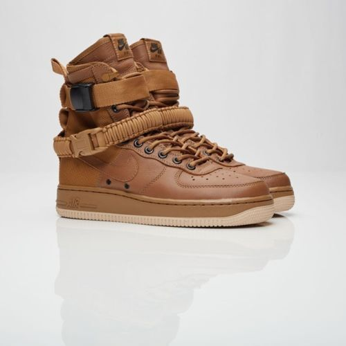 NIKE SF AIR FORCE 1 goldEN BEIGE WOMEN SIZE 9.5 INCLUDES BAG NEW 857872 200