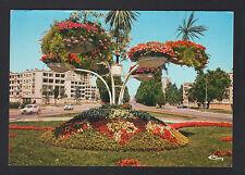 MACON (71) RENAULT 4L aux RESIDENCES & CARREFOUR Fleuri DE LA 1° ARMEE en 1979