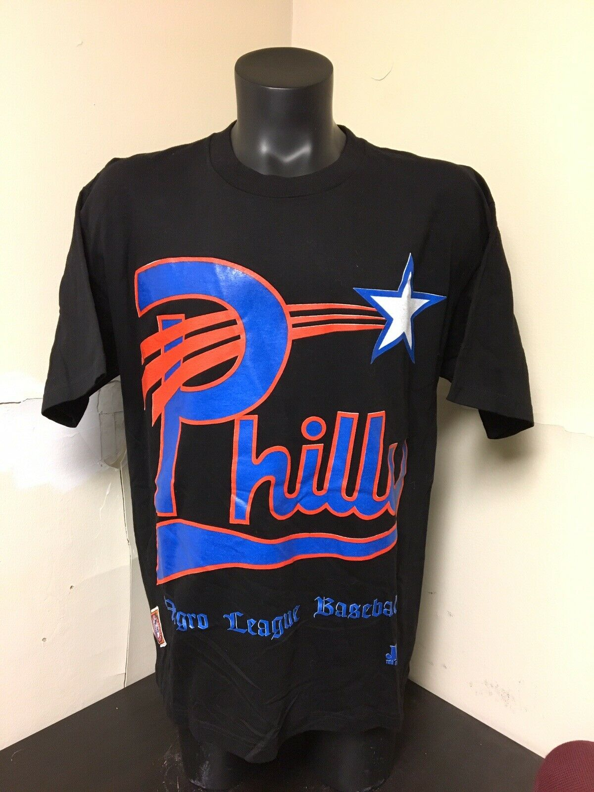 Vintage Philly black Baseball League T Shirt Sz XL Champs