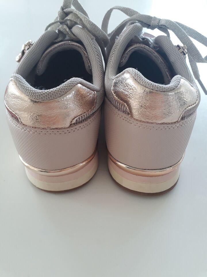 Sneakers, str. 37, Bud modtages HELT NYE Graceland