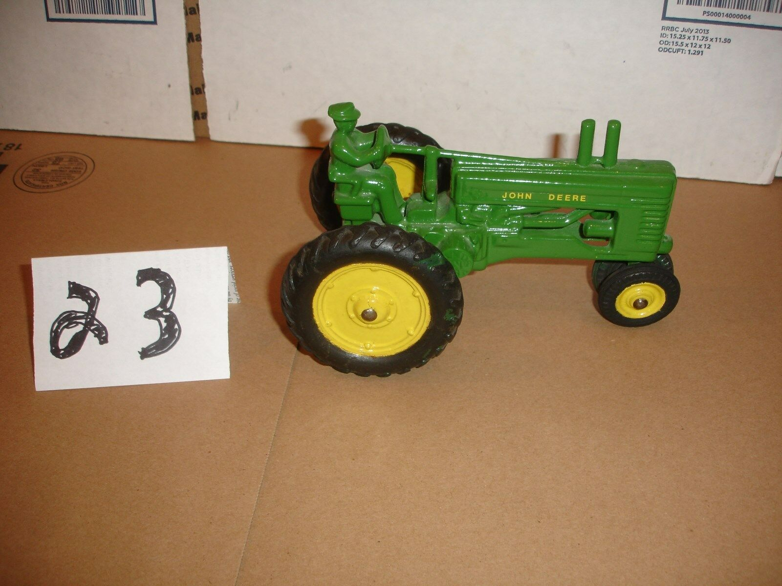 1/16  john deere a toy tractor