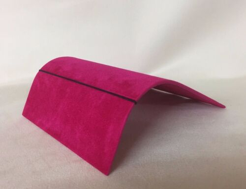 *Made in the UK* Wide Bracelet Scroll Jewellery Display Cerise Pink Suedette